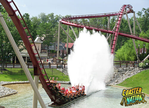 kings_island_diamondback_splash