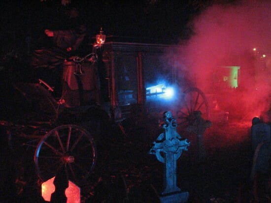kennywood phantom fright nights graveyard