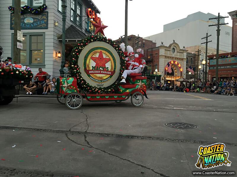 universal holiday parade 2