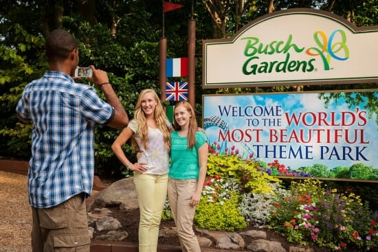 Busch gardens williamsburg voted world s most beautiful theme park for 26th year coaster nation for Busch gardens veterans discount