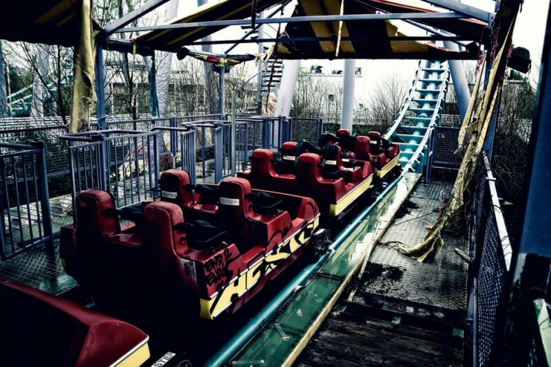 six flags nola coaster car