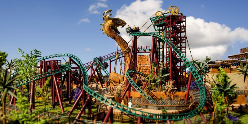 Video Busch Gardens Puts Fans Face To Face With A Giant Snake Coaster Nation