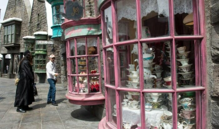 harry potter-hogsmeade-hollywood