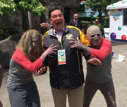 Kennywood Goes Back in Time With A Plethora of Yinzers and ScareHouse Zombies!