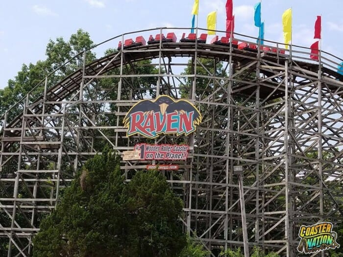 holiday world raven