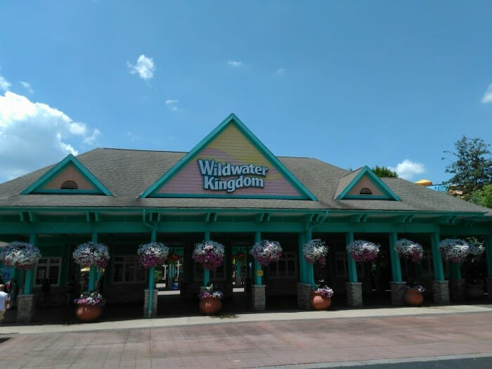 wildwater kingdom entrance