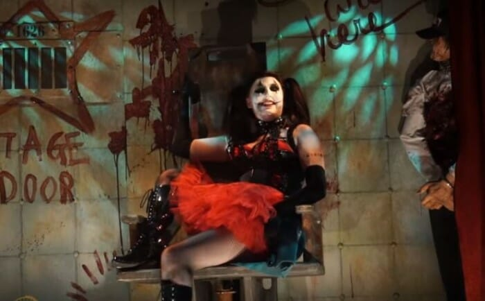 A Walk Inside the Scare Zones of Halloween Horror Nights 26
