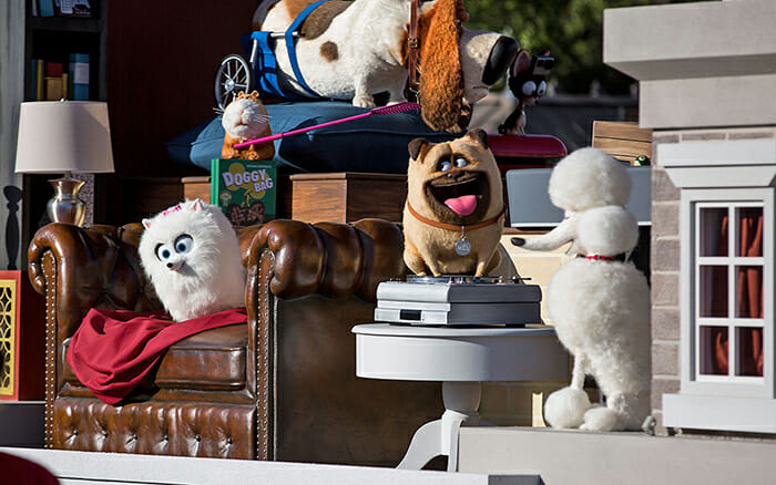 the-secret-life-of-pets-in-universal-superstar-parade