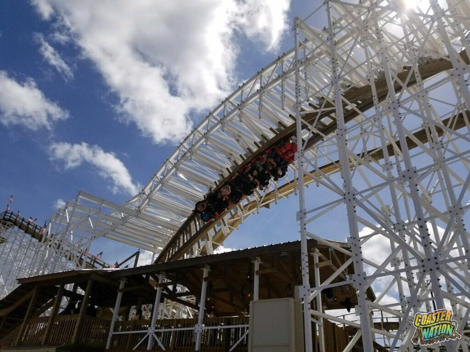 mine blower mine blower wooden coaster opens at fun spot america coaster nation