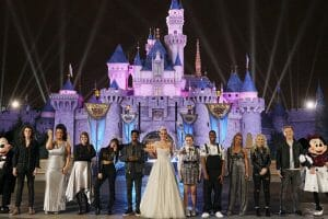 American Idol Top 10 Perform At Disneyland