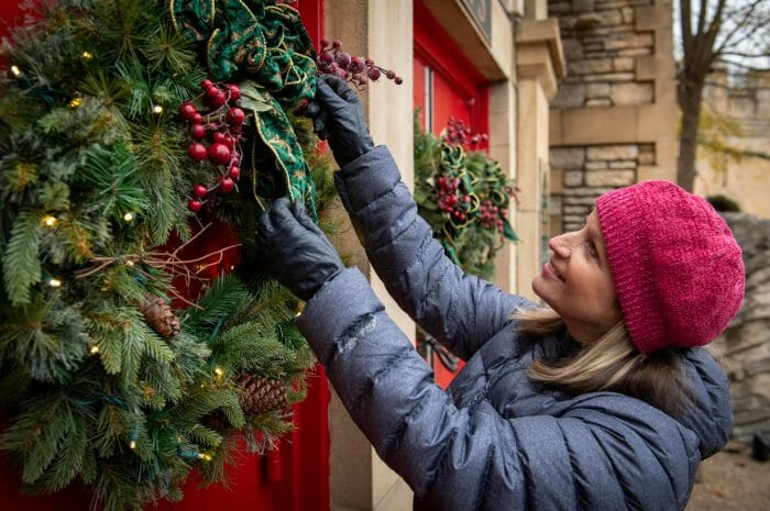 Holiday Decoration Tips From The Lighting Experts At Busch Gardens Williamsburg