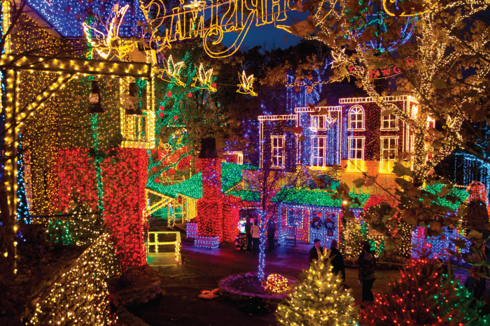 Best Places For Christmas In Usa.Silver Dollar City Wins 1 Spot Best Theme Park Holiday
