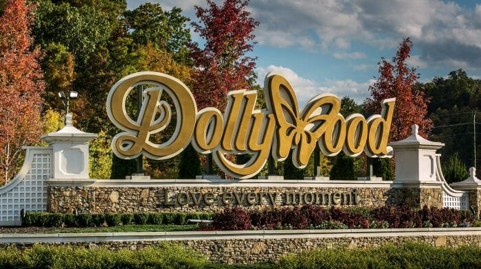 Dollywood Earns Three Golden Ticket Awards For Entertainment, Friendliness and Christmas Event
